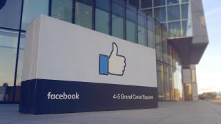 Datentransfer: Facebook-Fotos können zu Google importiert werden