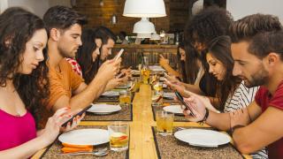 Datenverkehr in Mobilfunknetzen: Exabyte-Schwelle geknackt